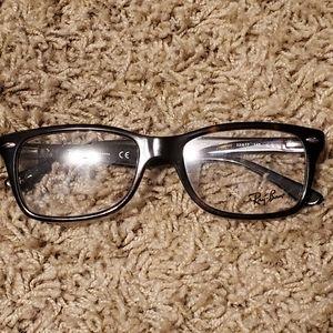 Ray-Ban RB 5228 Sunglasses